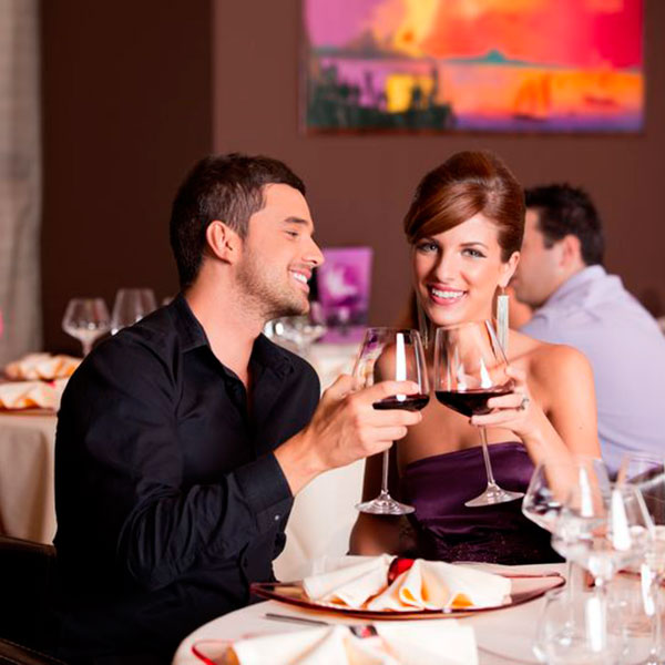 Романтический ужин в любимом ресторане
