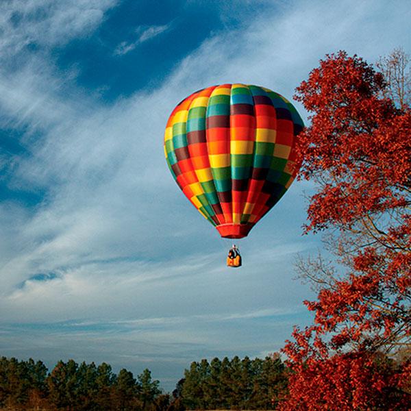 Завораживающий полет на воздушном шаре