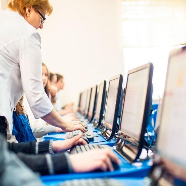 Посещение компьютерных курсов