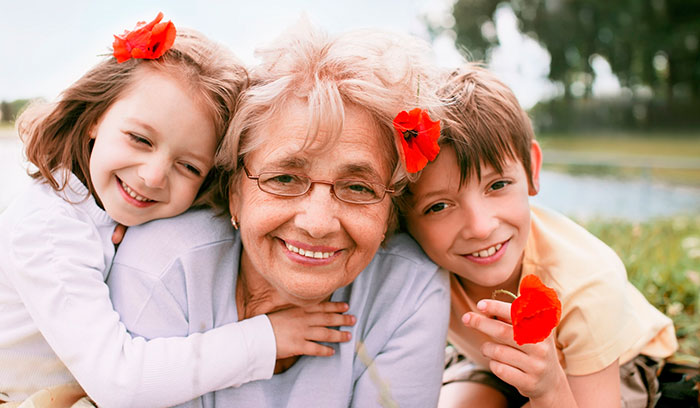 Подарок бабушке на Новый год 2021