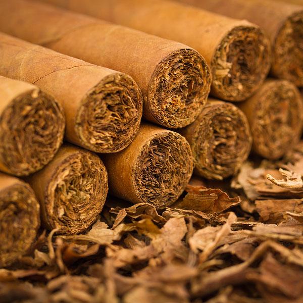 качественный табак или сигары
