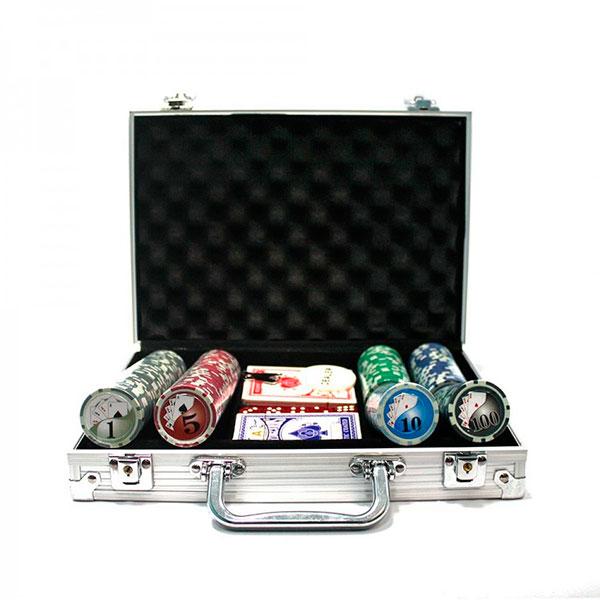 Специальный набор для игры в истинно мужскую игру – покер