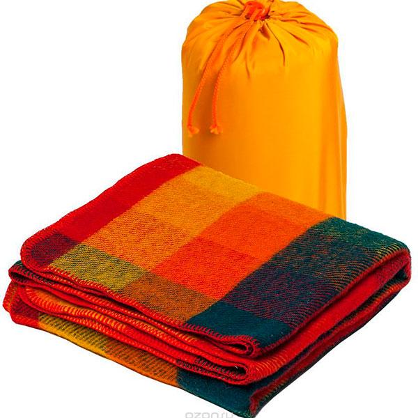 Красочный плед или полотенце