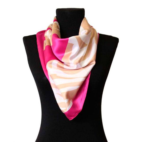 Элегантный шейный платочек или палантин