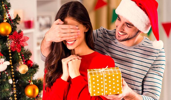Подарки любимой девушке на Новый 2019 год | что подарить, идеи картинки