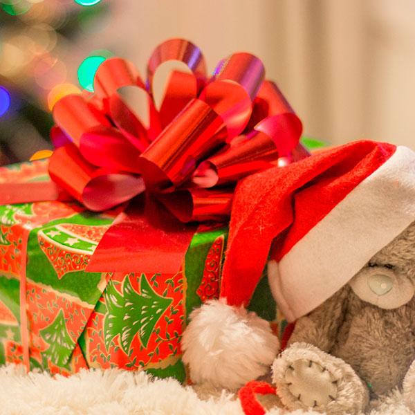 Как выбрать подарок ребёнку