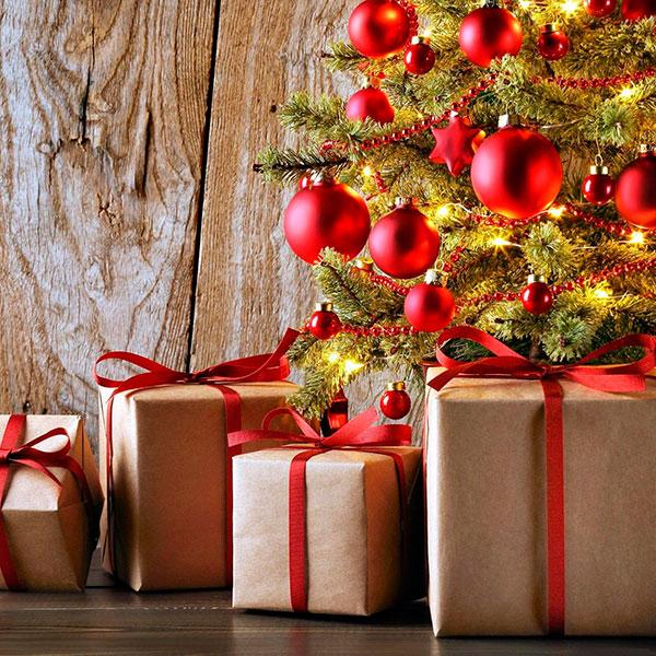 Как выбирать новогодний подарок маме