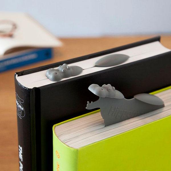 Закладка для книги в виде бегемотика