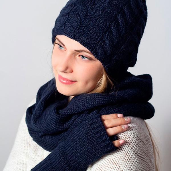 Набор: шапку, снуд, перчатки-митенки
