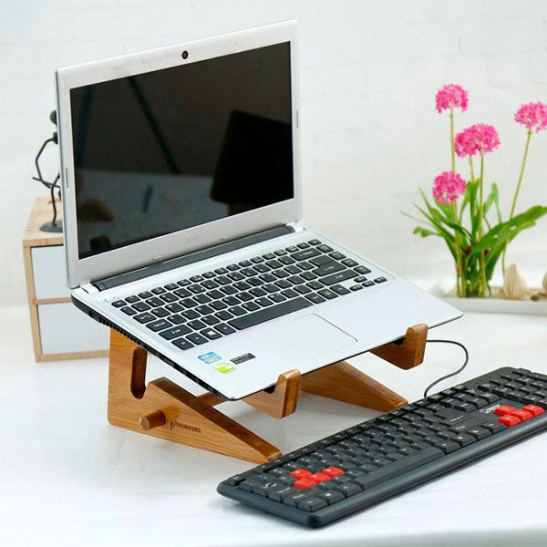 Удобна недорогая подставка для ноутбука