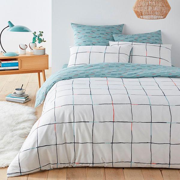 Качественное постельное бельё с интересным принтом