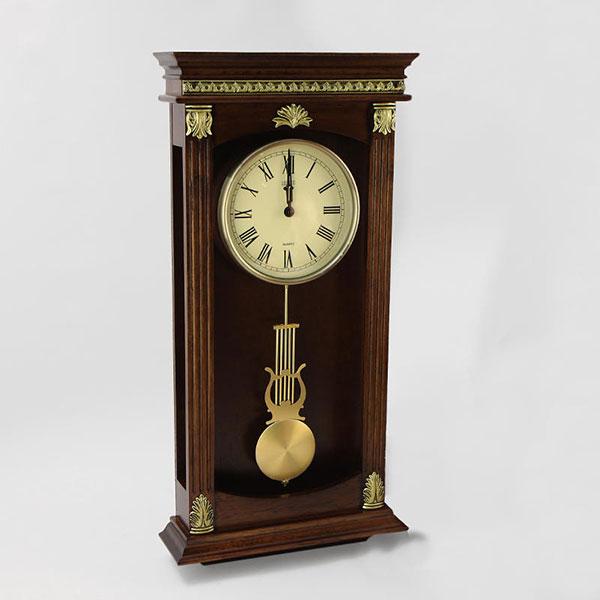 Настенные часы с давних времен