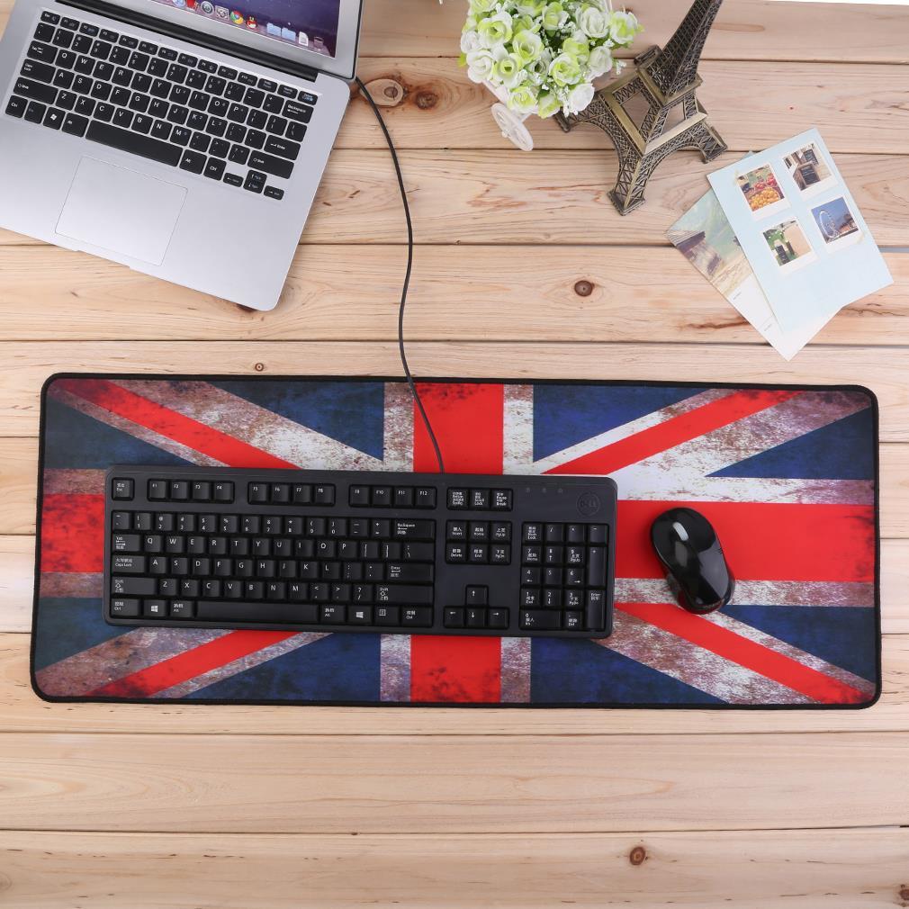 Оригинальная компьютерная мышка и коврик