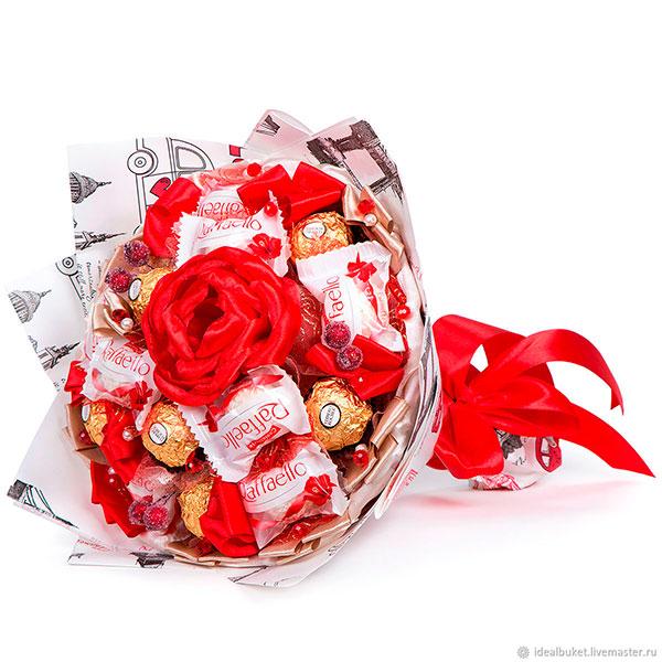 Букет из любимых сладостей