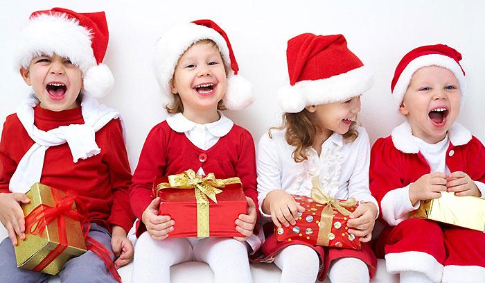 Подарок ребенку на Новый год 2021