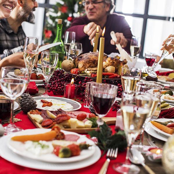 Торжественный новогодний ужин-сюрпиз