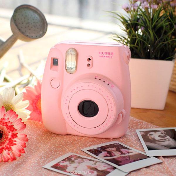 Фотоаппарат с моментальной печатью