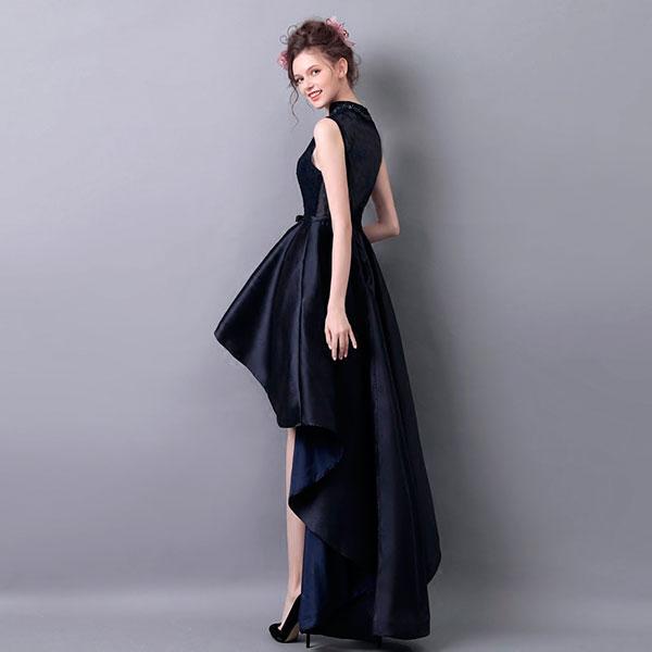 Вечерне платье от известного дизайнера