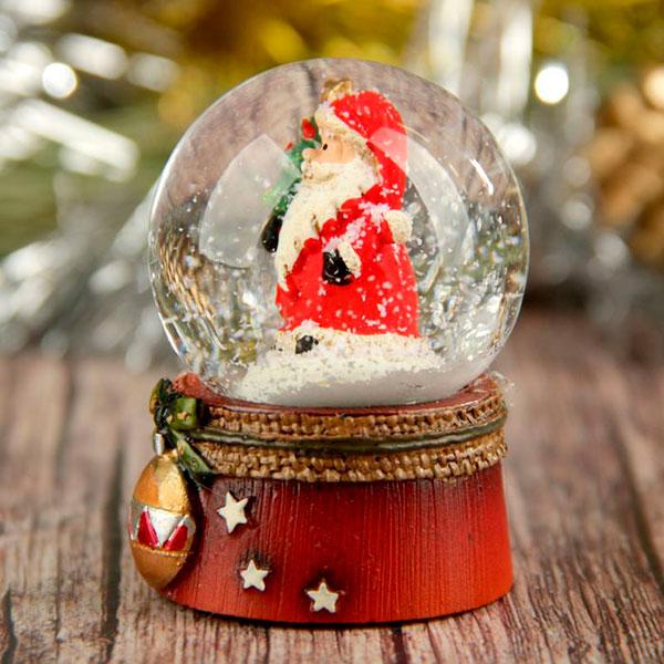 Снежный шар с маленьким дедом Морозом
