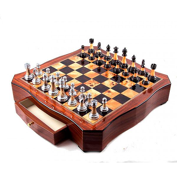 Нарды, шахматы, набор для игры в покер