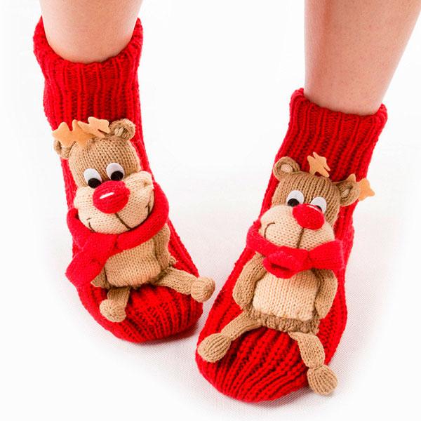 Теплые носочки или домашние тапочки с изображением Санта Клауса