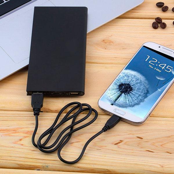 Дополнительное зарядное устройство для любимых гаджетов