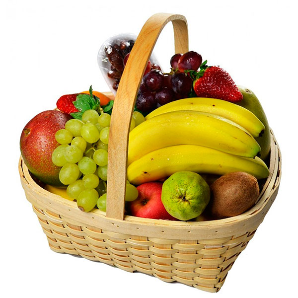 Корзинки с фруктами