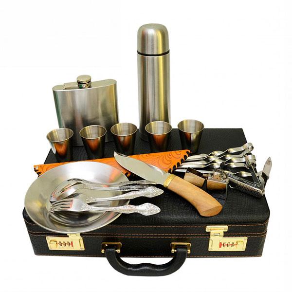 Компактный и удобный набор для пикника