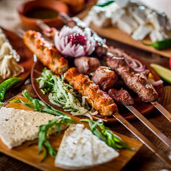 Ужин в грузинском ресторане