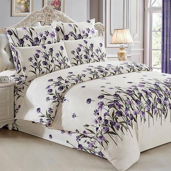 Красивый набор постельного белья