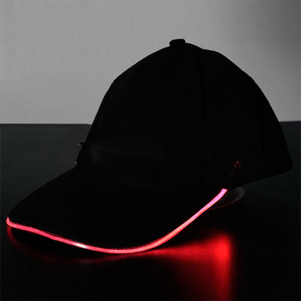 Светящаяся LED-кепк