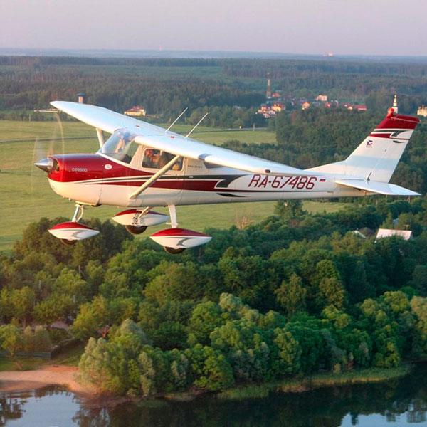 Увлекательный полёт на аэроплае