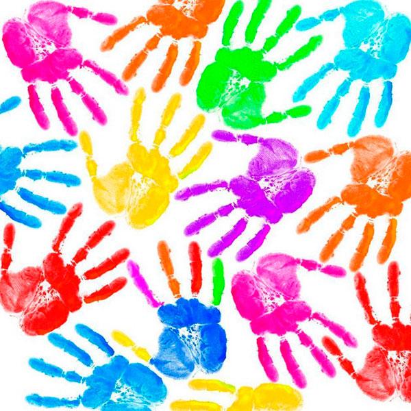 Картинка с цветными ладошками