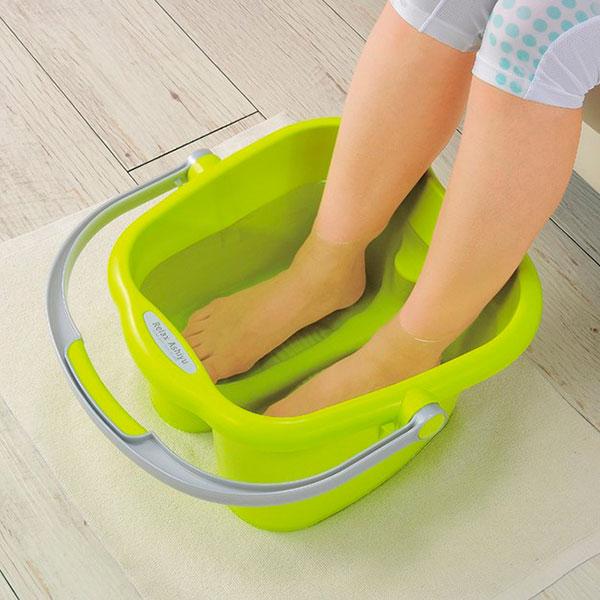 Специальная ванночка для ног
