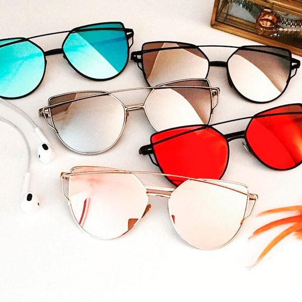 Яркие зеркальные очки