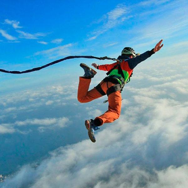 Прыжок на динамической веревке