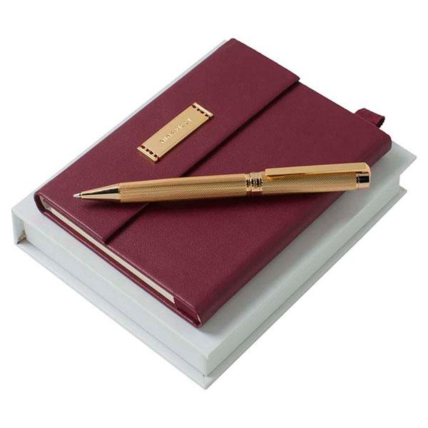 Стильный блокнот и ручка