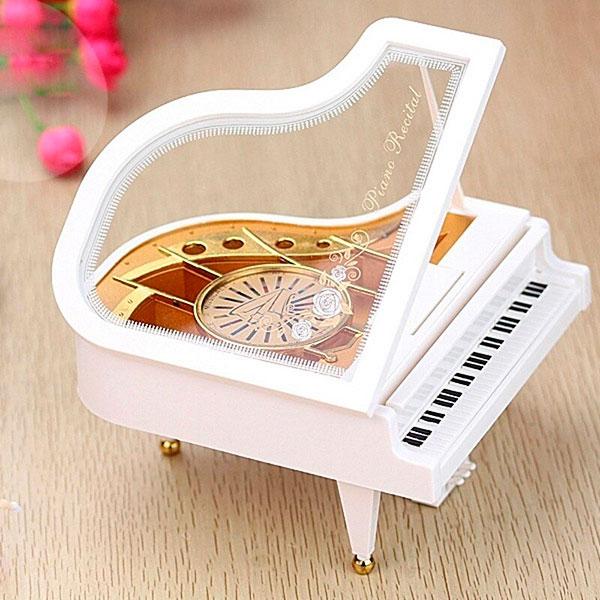 музыкальная шкатулка «Music box»