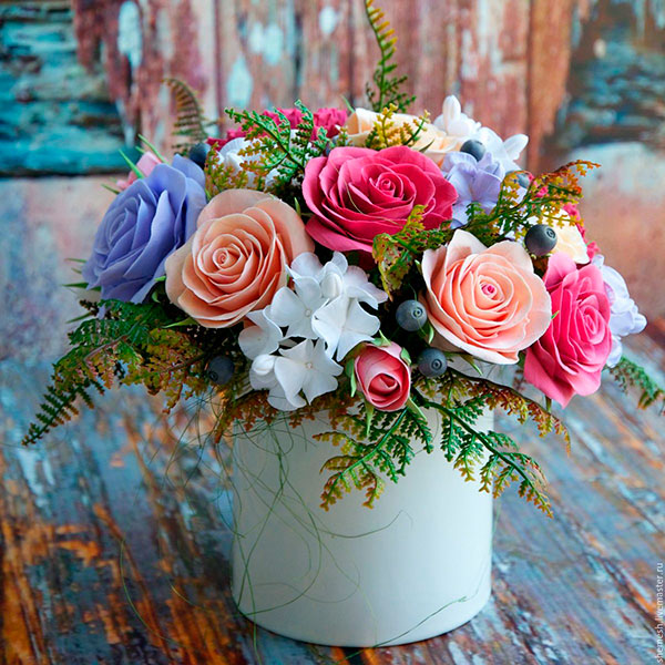 Живые цветы и композиции