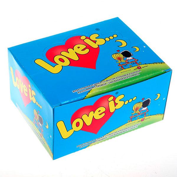 Коробка жевательных резинок «Love is»