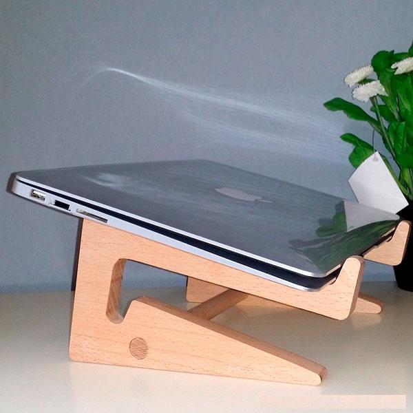 Удобная подставка под ноутбук