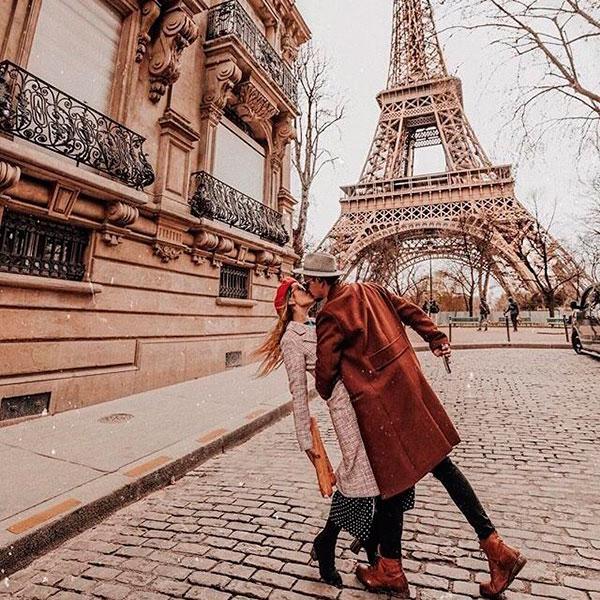 Уикенд вдвоем за городом или заграницей, например, в Париже