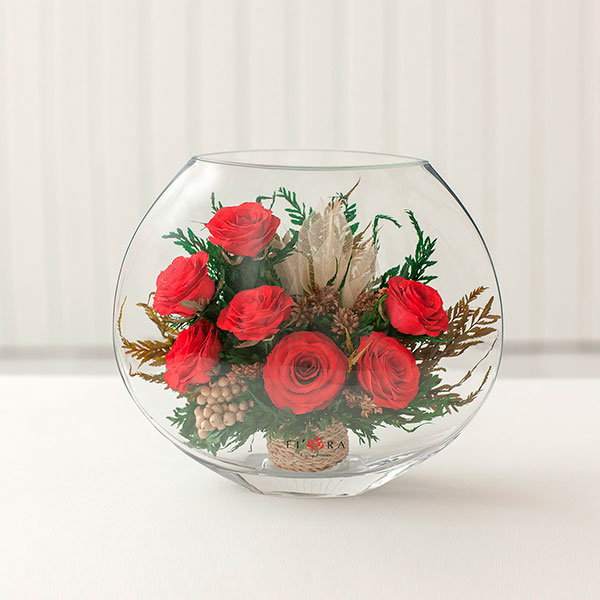 Цветок в герметичном стеклянном сосуд