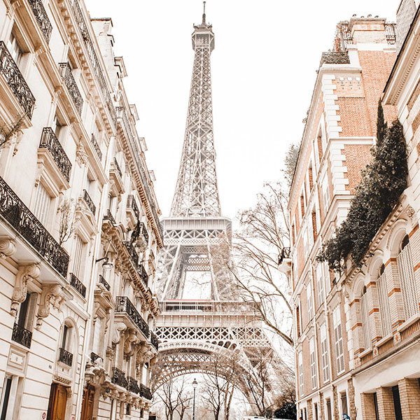 Тур выходного дня в Париж