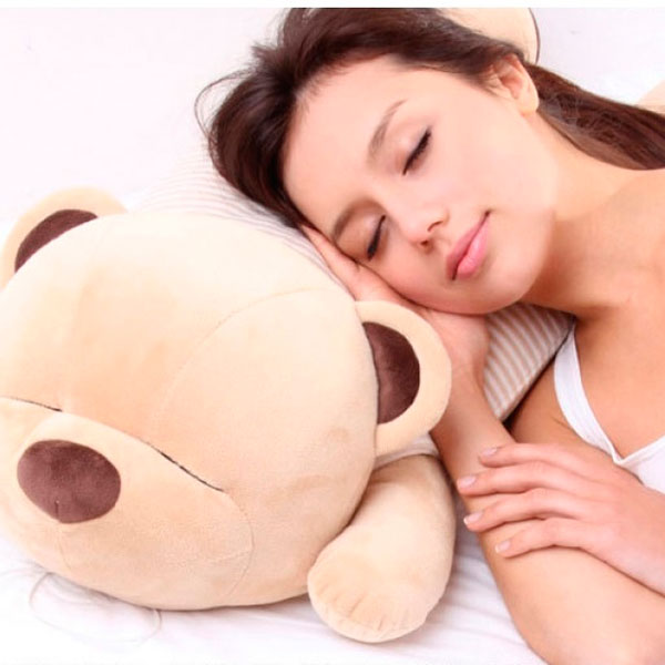 Большой медведь-подушка с колонками