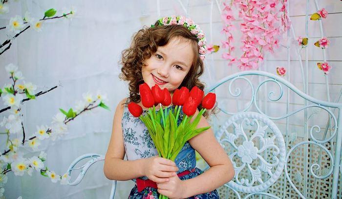 Что можно подарить на 8 марта девочке 9, 10, 11, 12 лет