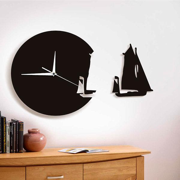 Настенные часы в тематическом дизайнерском исполнении