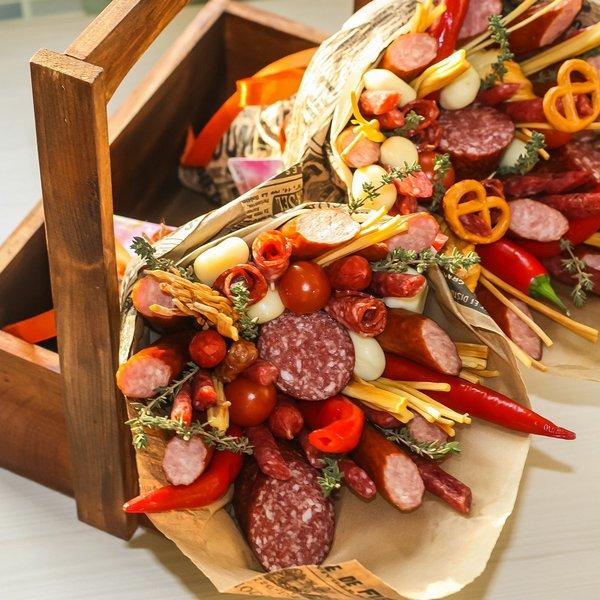 Букеты из колбасных изделий
