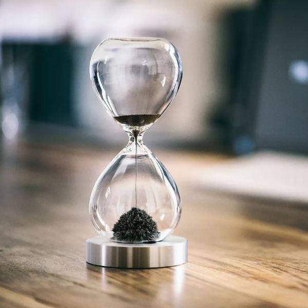 Песочные настольные часы