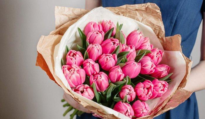 Что можно подарить жене на 8 марта, если мало денег